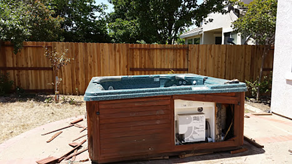 Spa and Hot Tub Removal Job in Folsom, CA